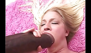 Aaliyah is double recoil imbued with an increment of gaped by brutal faux-cocks