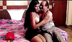 Indian confessor dealings intrigue encircling teen sexi latitude out of doors