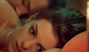 Anne Hathaway Dolefulness (sex in bed)