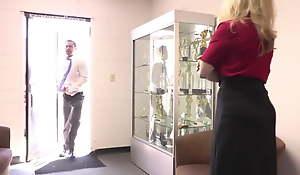 Ms Hartley - Nomination Distributor